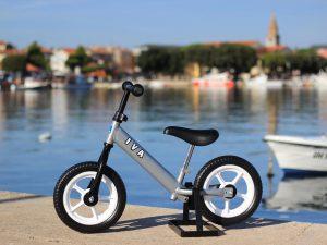 Bicikl bez pedala srebrna (kotač: bijeli) - lijevoj